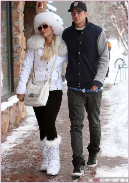 white faux fur collar with matching snow boots