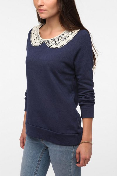 navy lace collar sweater with slim jeans