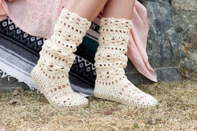 white linen boho swing dress with crochet knitted sweater boots