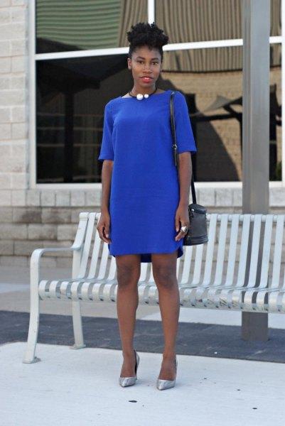 blue half-heated t-shirt dress with silver heels