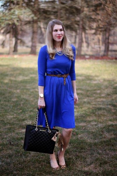 cobalt blue three-quarter sleeve with midi-blown dress