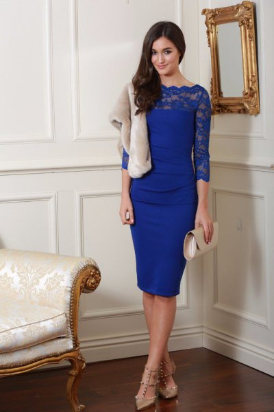blue peeled neckline three-quarter sleeved bodycon midi dress