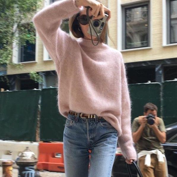 sweater with hair loss with light waist slim high waist jeans