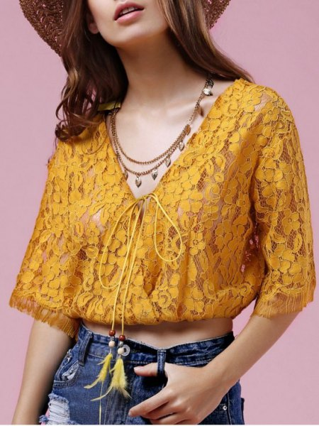 golden lace half pure cropped blouse with straw hat