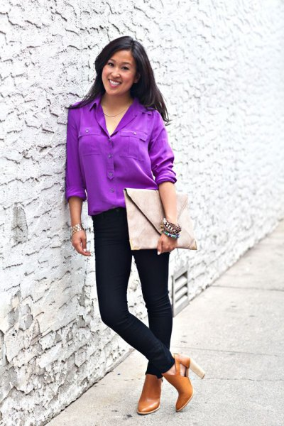 purple button-up with black skinny jeans