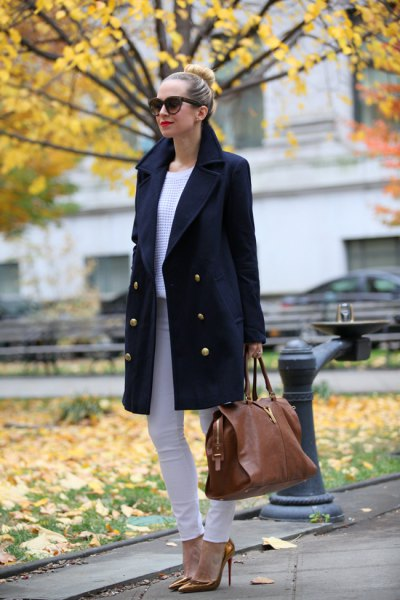 black wool coat with light gray skinny jeans and bronze heels