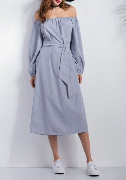 chambray of shoulder strap waist midi casual dress with sneakers