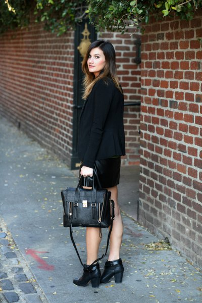short leather shoes with black blazer and mini skirt