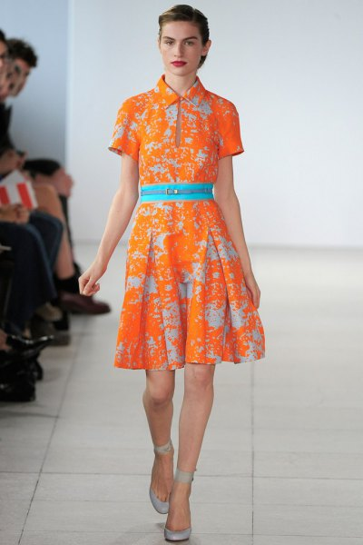 orange printed collar pleated dress with belt
