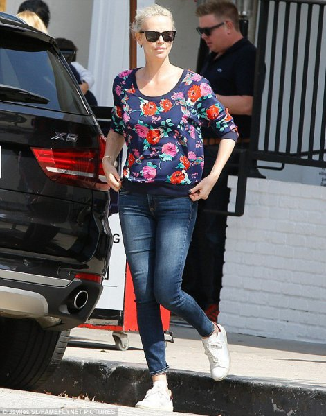 floral floral blouse with skinny ankle in jeans