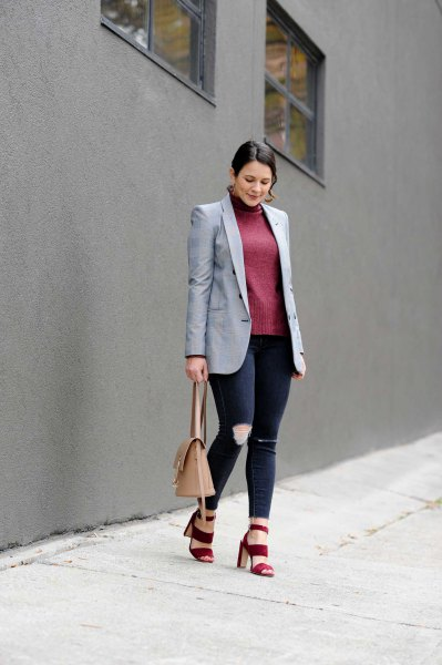 gray boyfriend blazer with gray turtleneck shape matching sweater