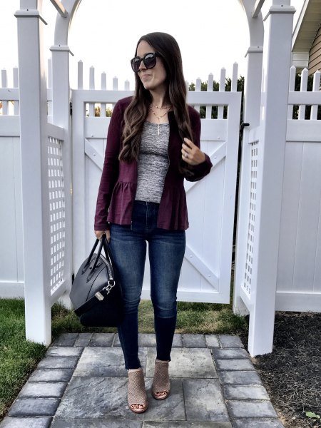 black blazer with heather gray tee and jeans