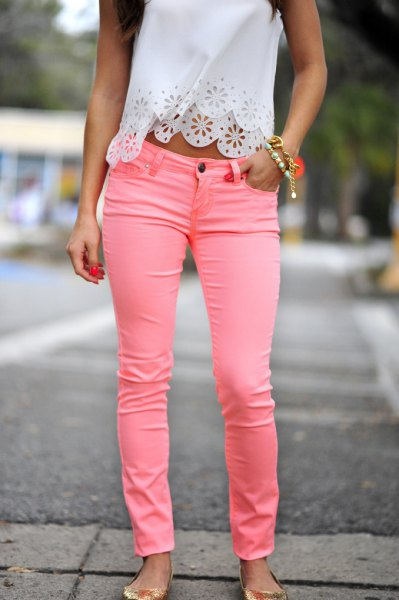 white lace cropped halter with pink jeans