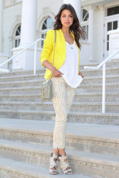 white bucket neck top and pink printed crop pants