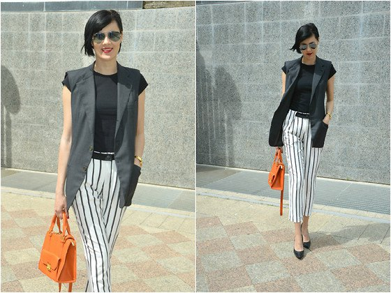cap sleeve tee black and white striped crop pants