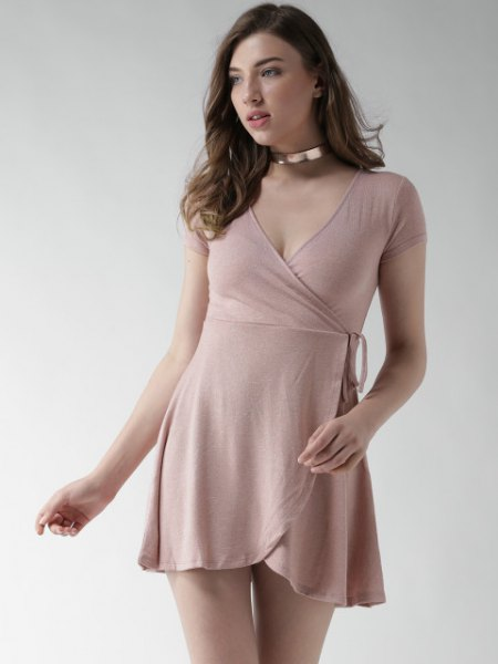 mini pink dress with silver choker necklace