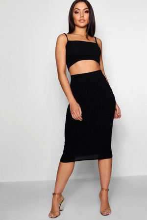 black cropped square neck vest with high waist midi bodycon skirt