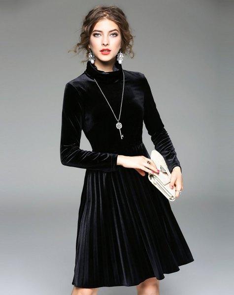 black long sleeve mock neck velvet mid-length dress