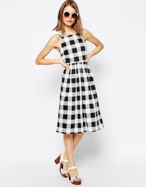 checkered sleeveless collared waist puffy dress