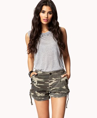 gray sleeveless cotton top with camo mini shorts