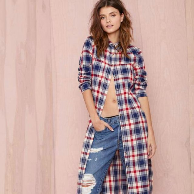 midi checkered tunic dress with ripped boyfriends