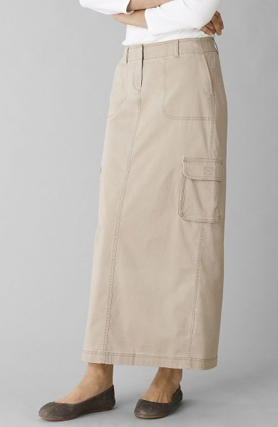 Ivory khaki straight cut skirt with white long sleeve top