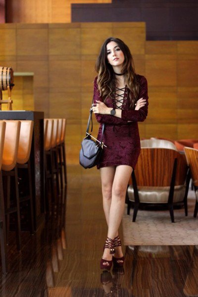 burgundy lace bodycon mini dress with black open toe velvet heels