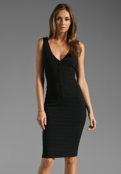 black v-neck tank bodycon dress