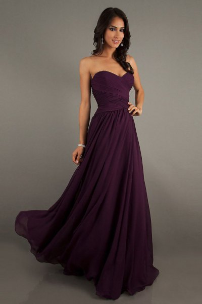 black sweetheart neckline fit and flare floor length dress
