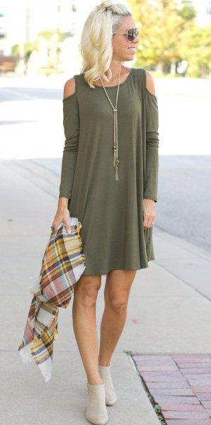 green open shoulder long sleeve mini shift dress