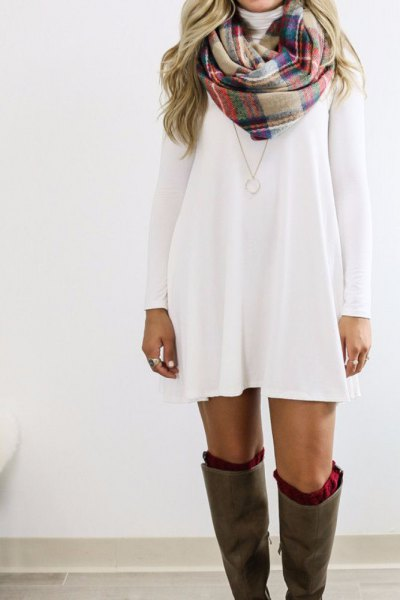 white long sleeve swing dress with crepe and navy checkered scarf
