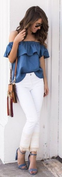 blue ruffle top with white fringed skinny jeans