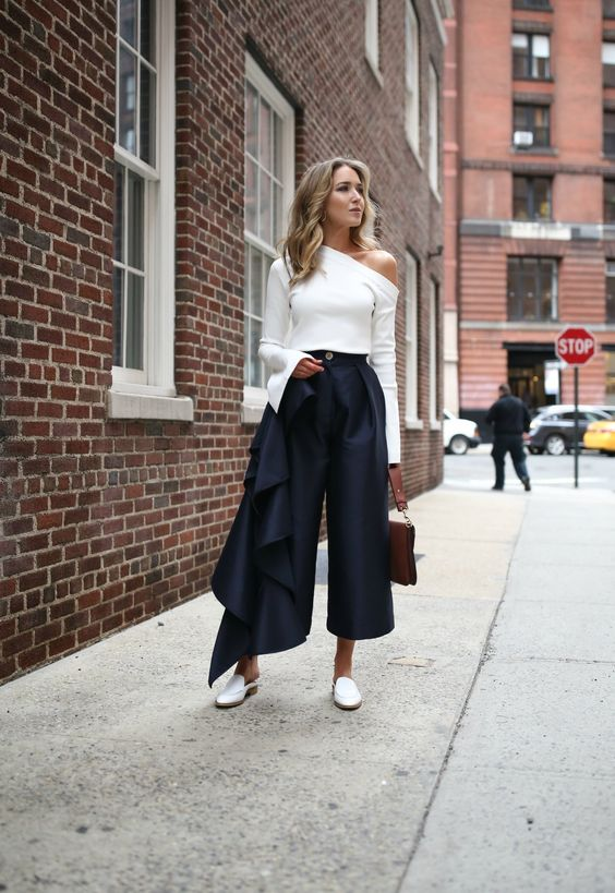 cropped wide leg trousers ruffle