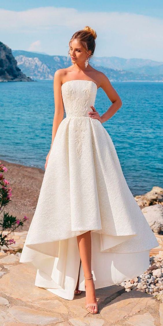 wedding with high lace dress