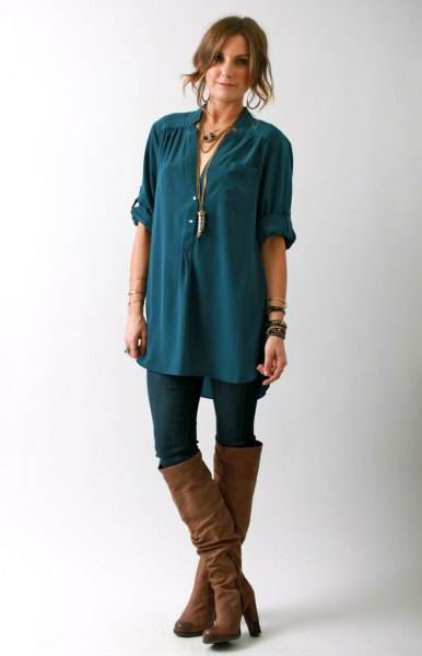 teal oversized chiffon button shirt with black skinny jeans