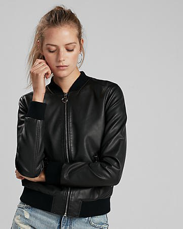 zipper with cotton jacket in black leather with ripped boyfriends