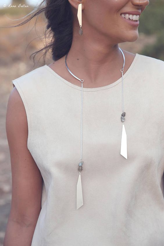 silver choker necklace open