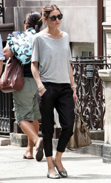 black capris with gray oversized t-shirt