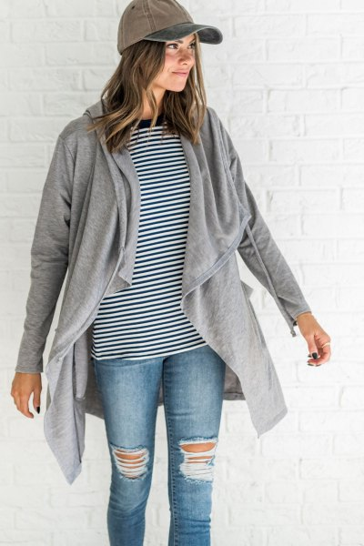 black and white striped dough gray hood cardigan