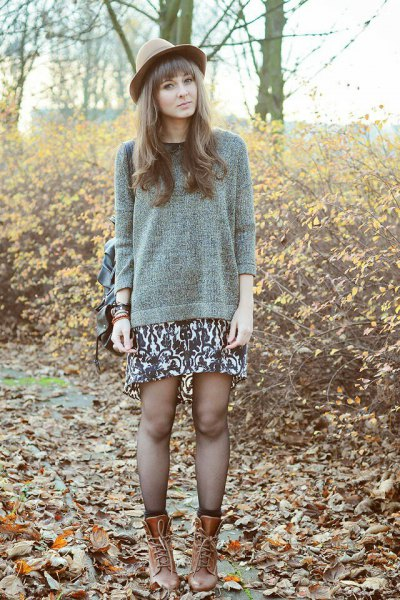 gray knitted sweater mid calf shoes