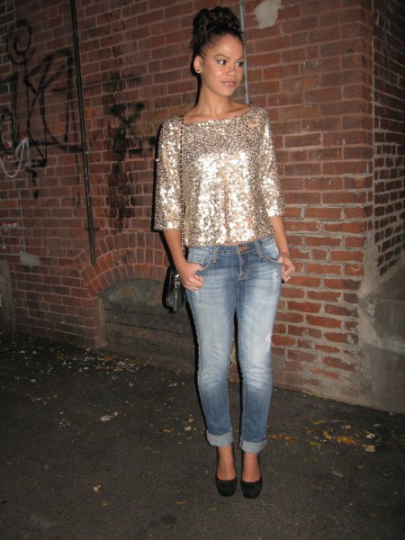 three quarter sleeve glitter top ripped boyfriend jeans