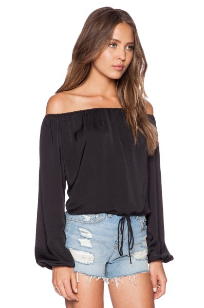 black from the shoulder pawn top blue denim mini shorts
