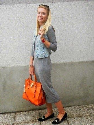 gray midi cotton shirt dress with light blue denim vest