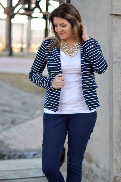 striped blazer white tee dark blue skinny jeans