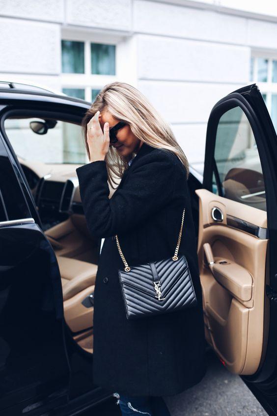 leather shoulder bag completely black