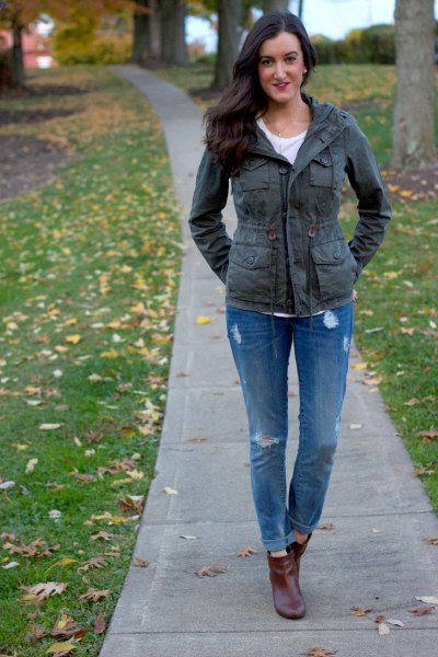 gray jacket blue ripped boyfriend jeans