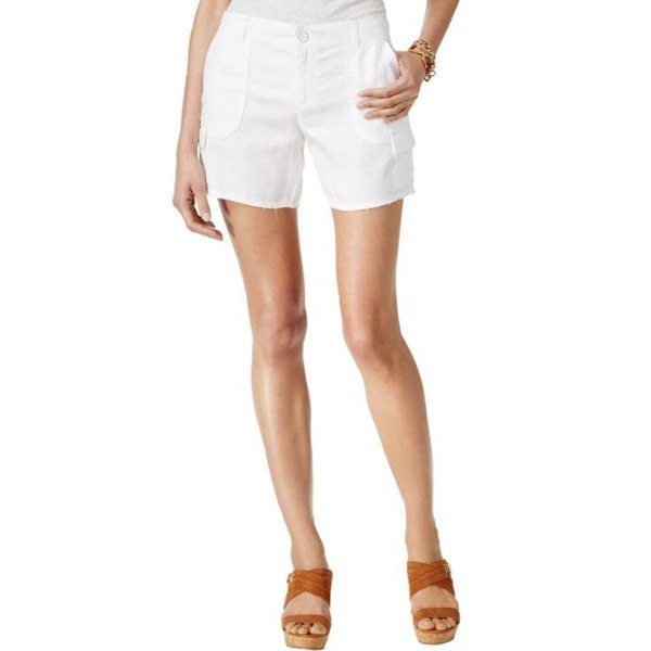 white floating cargo shorts brown sandals