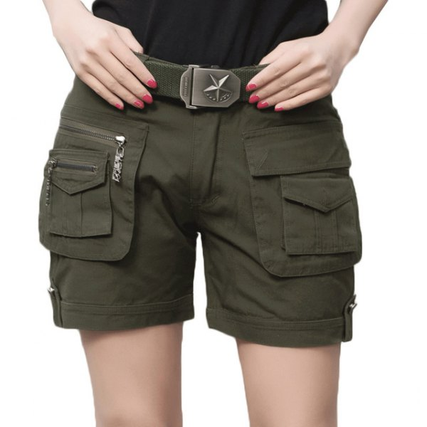 black t-shirt army green khaki cargo shorts belt