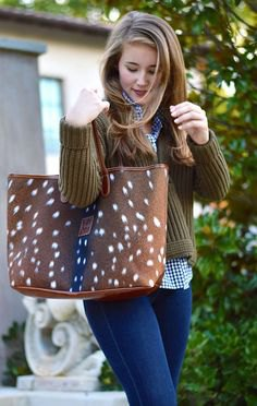 deer print polka dot like brown wallet cable knitted sweater