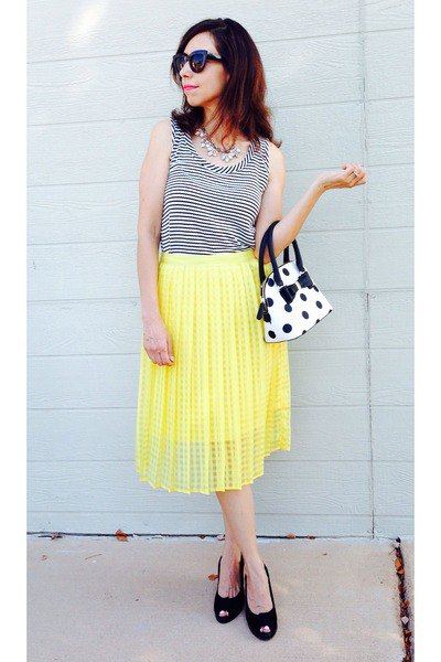 white and black polka dot wallet striped vest top yellow pleated skirt